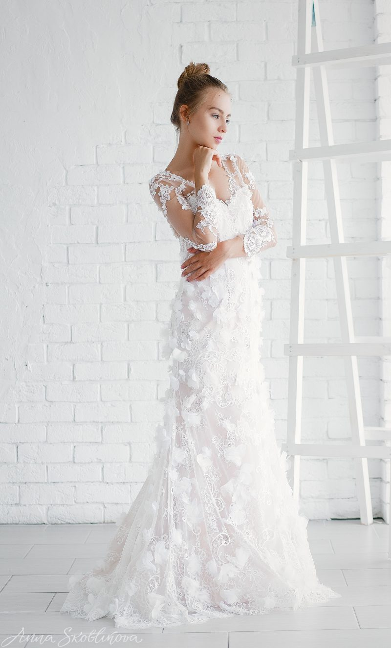 Luxurious Wedding dress with Corset \ Anna Skoblikova