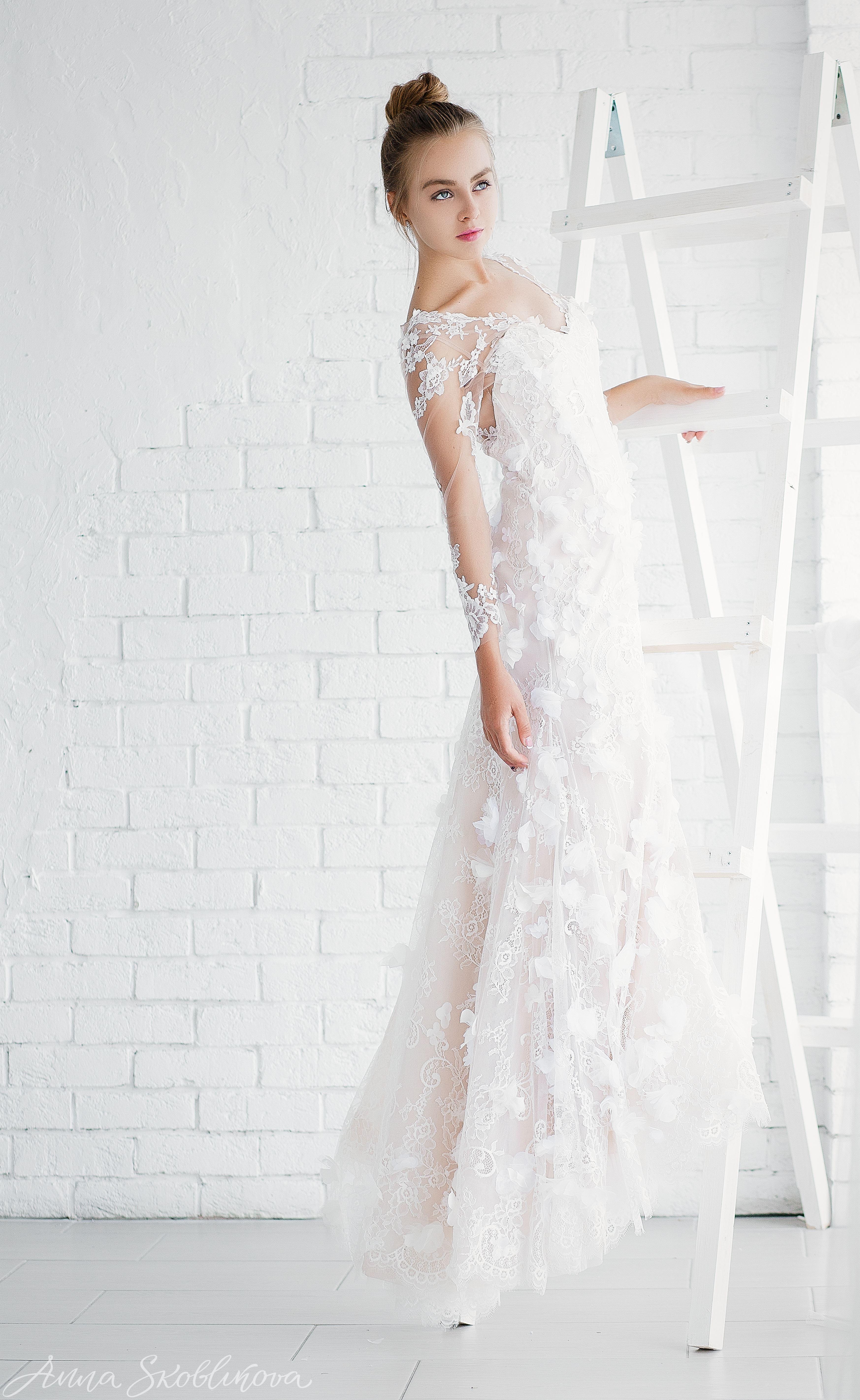 ec384c5aa5f Luxurious Mermaid Wedding Corset Gown