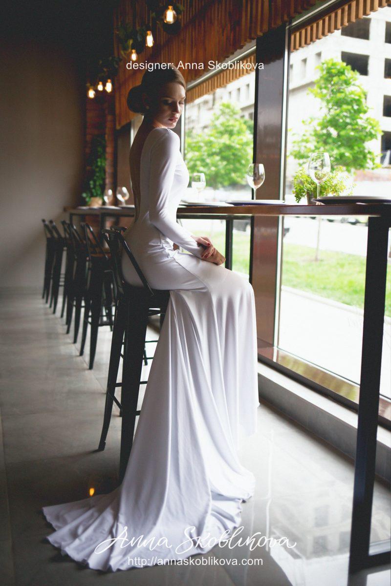 Wedding dress by Anna Skoblikova