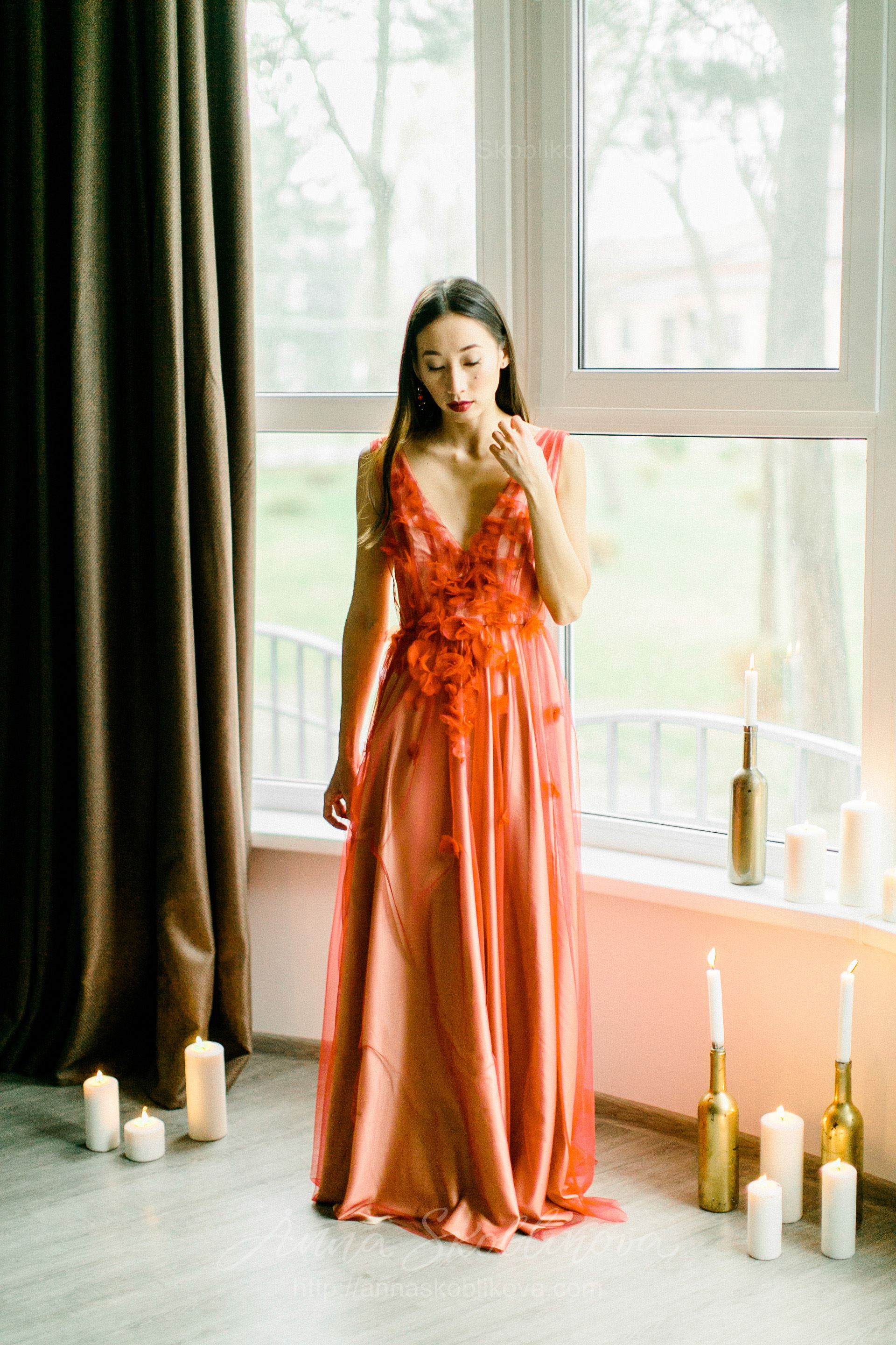 Red Wedding Dresses.Offbeat Red Wedding Dress