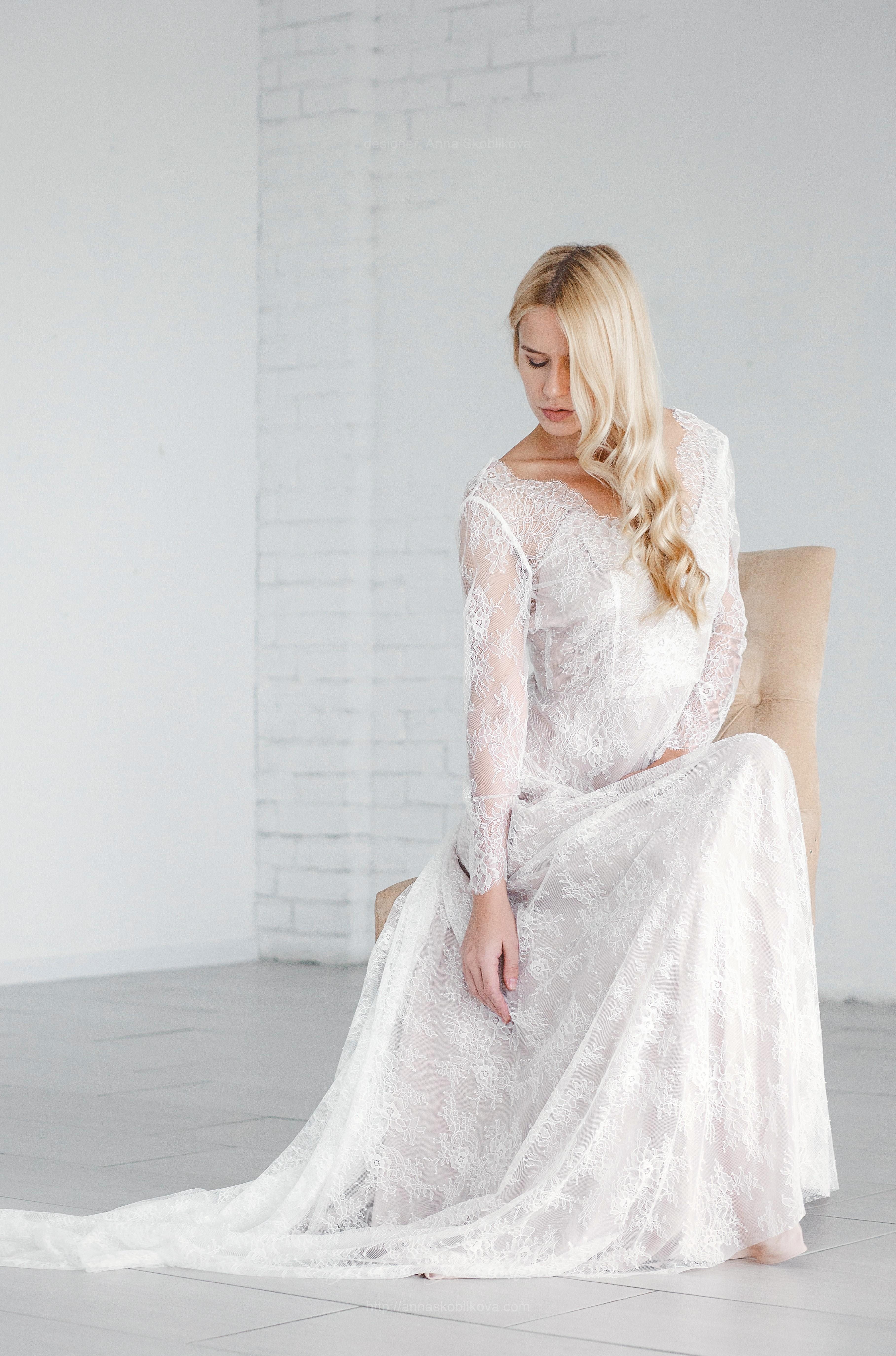 Тонкое кружево для свадебного платья
