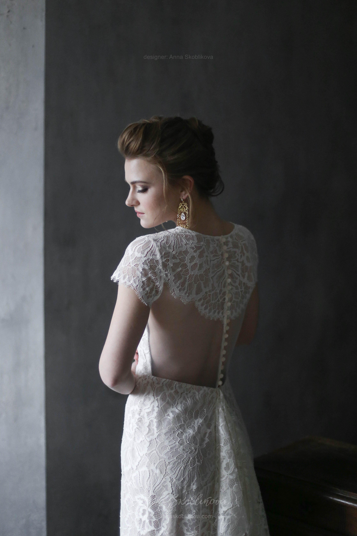 Elegant lace wedding dress Anna Skoblikova