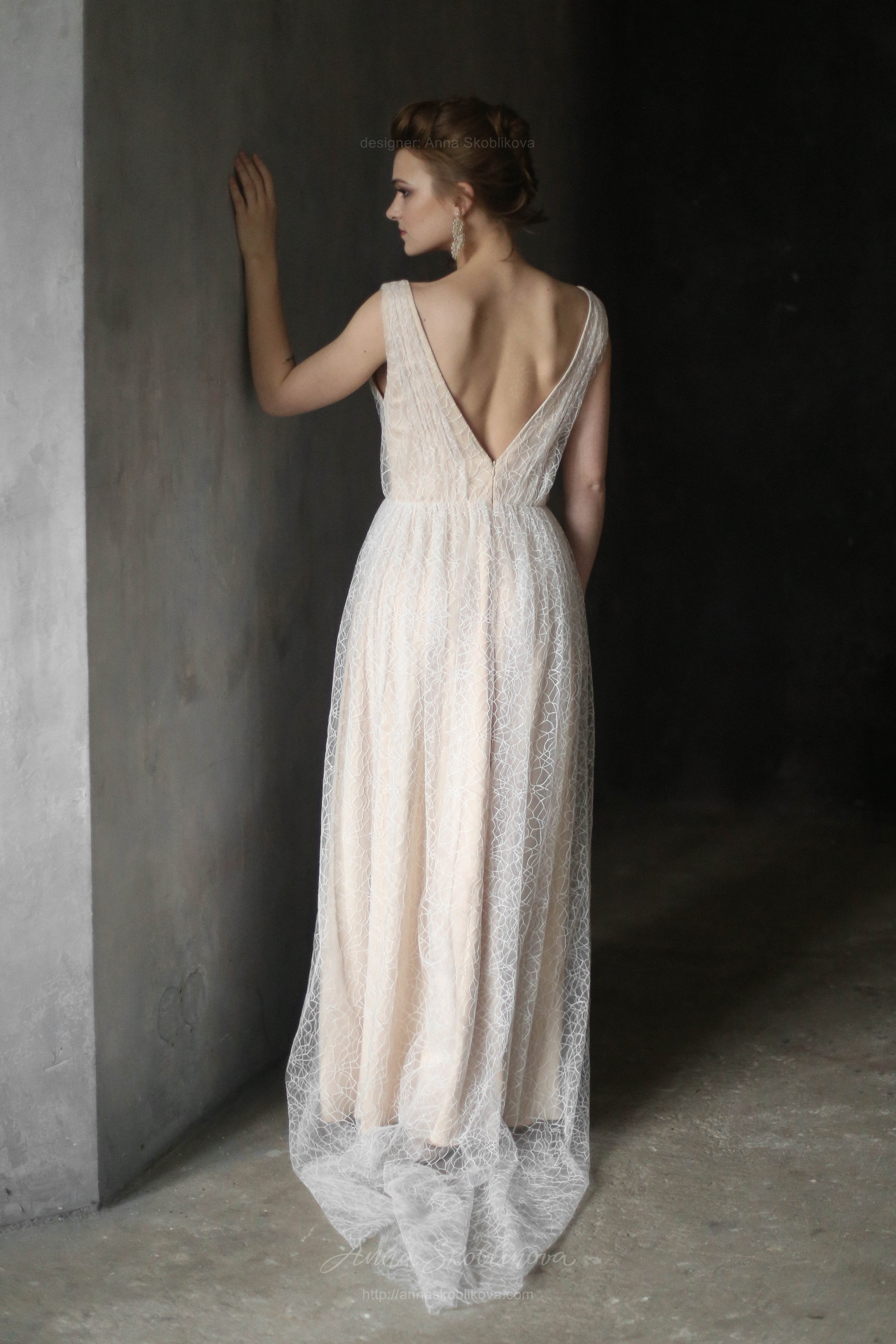 Tender mesh Wedding dress with slightly visible pattern | Anna ...