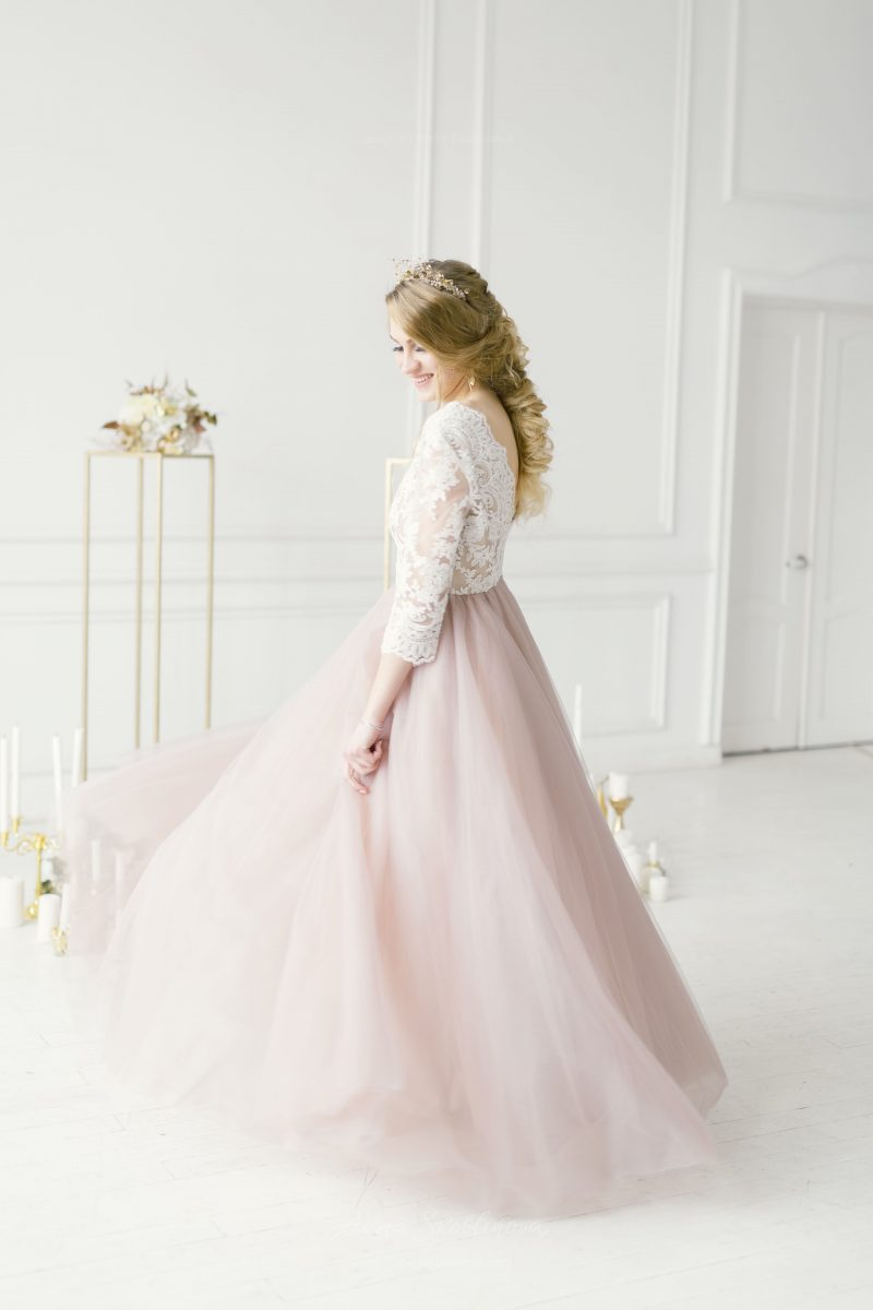 Light pink wedding dress with 34 sleeves by Anna Skoblikova