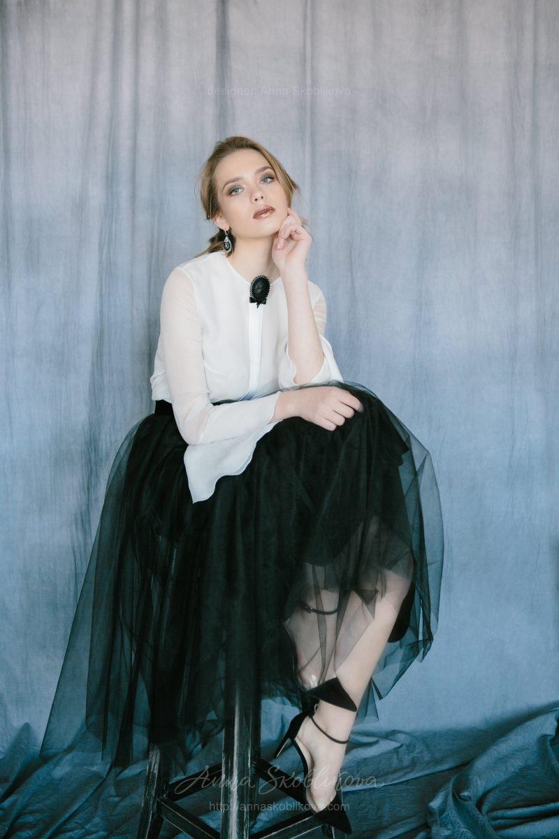 Черно-белый вечерник комплект юбка и блуза от Anna