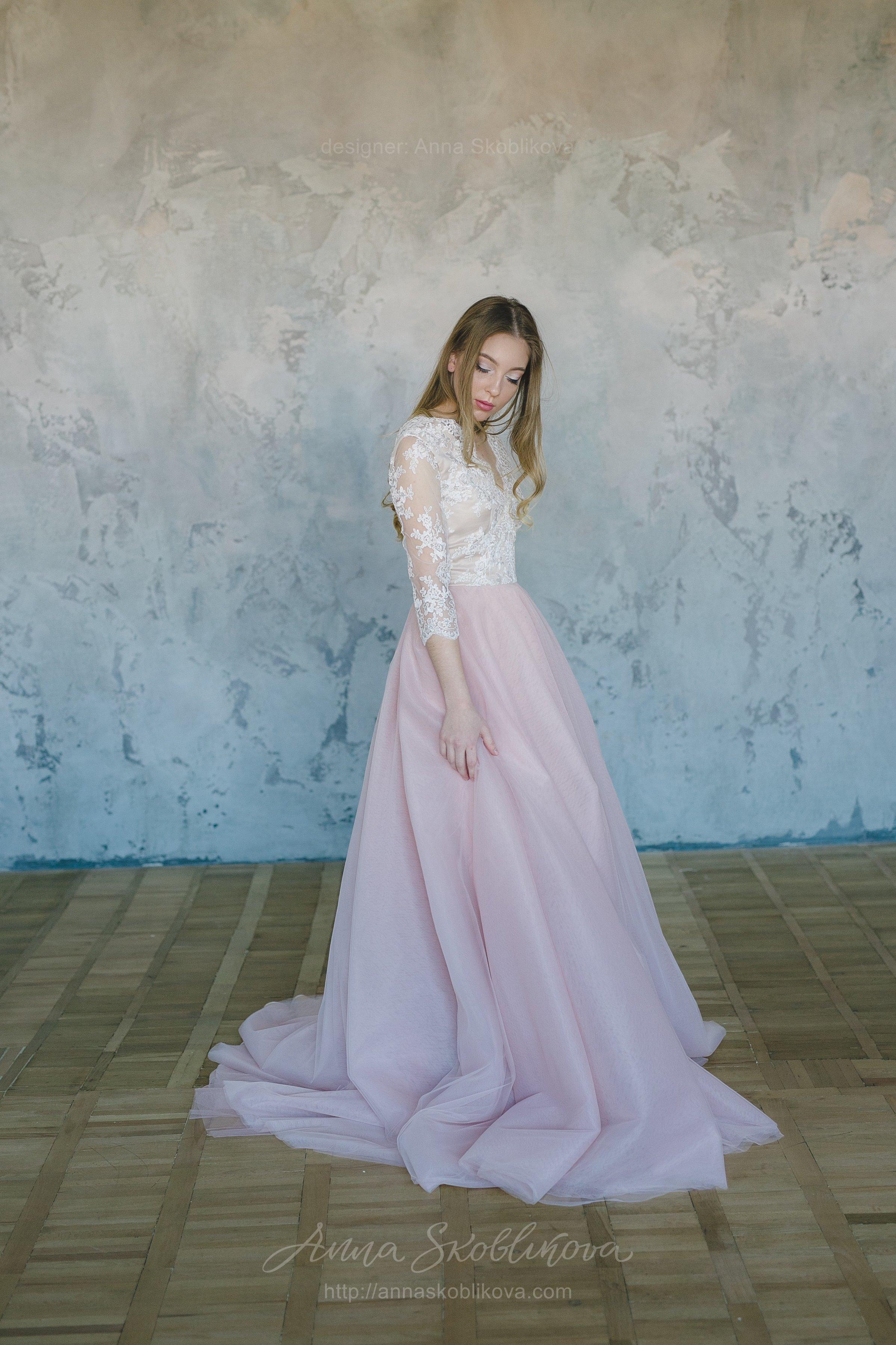 Wedding dress from powder tulle and milk lace | Anna Skoblikova ...