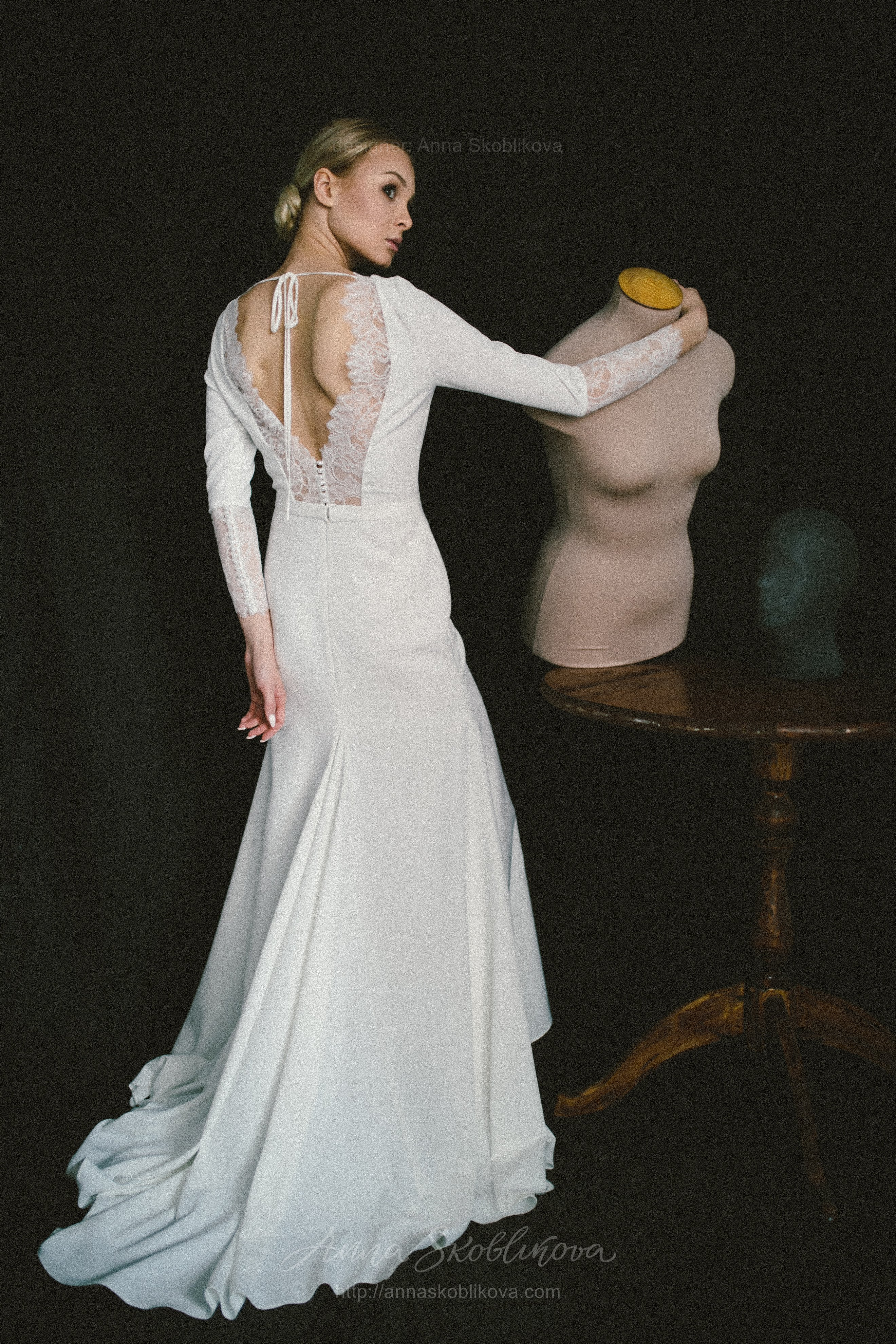Elegant wedding dress of costume crepe and Chantilly lace | Anna ...