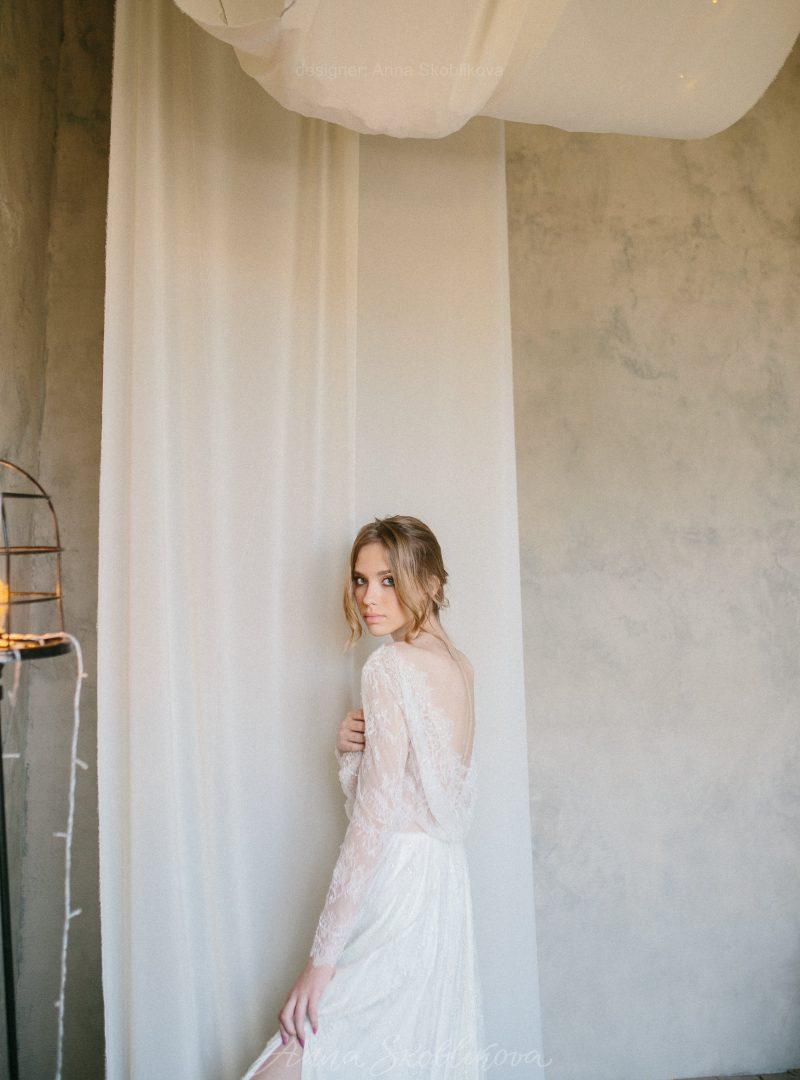 Романтичное свадебное платье из нежного кружева Шантильи от Anna Skoblikova