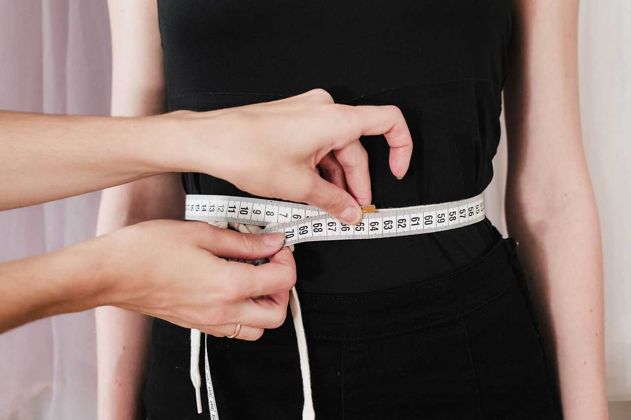Waist - is measured by the most narrow part. Notice: the measure tape must not be placed around waist tightly. - Anna Skoblikova