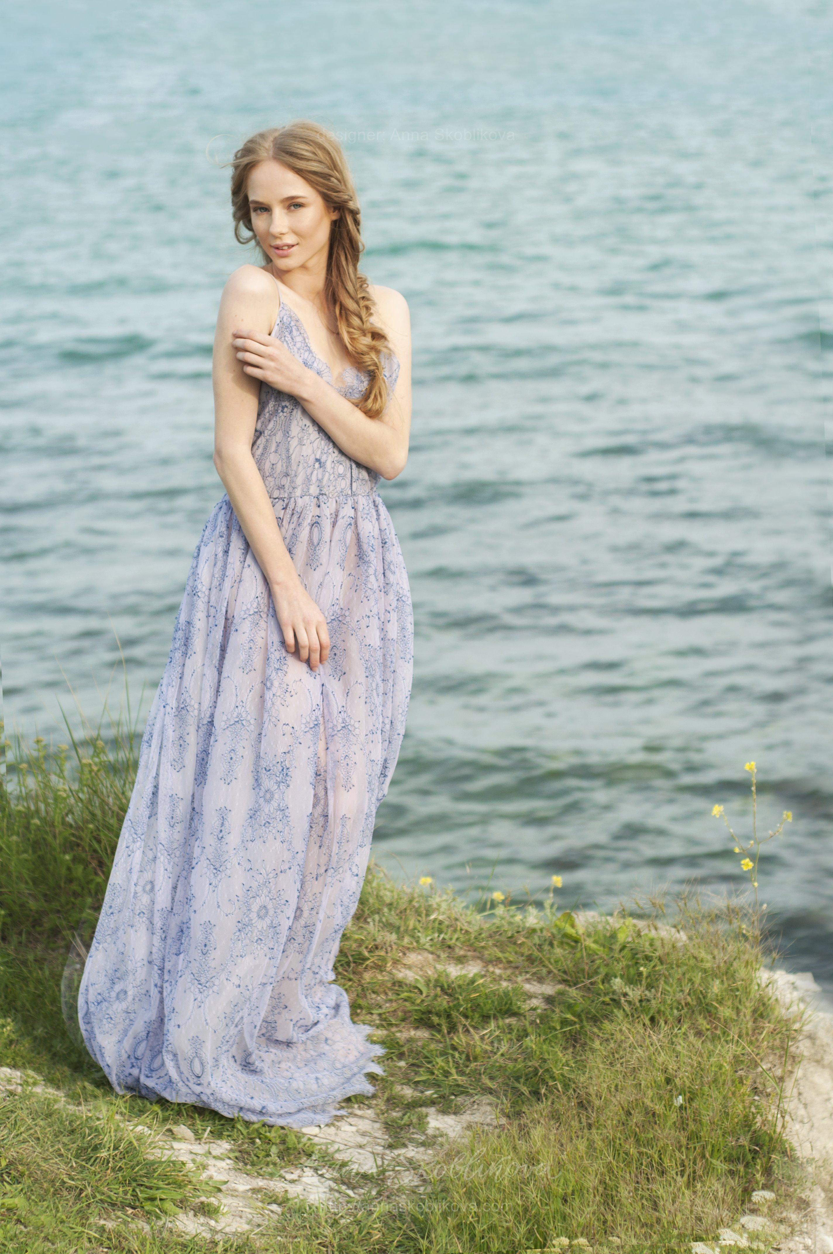 Lace lilac wedding dress on straps | Anna Skoblikova - Wedding ...