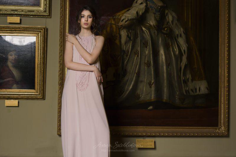 Verbena - Простое свадебное платье отличает авторская вышивка - Anna Skoblikova