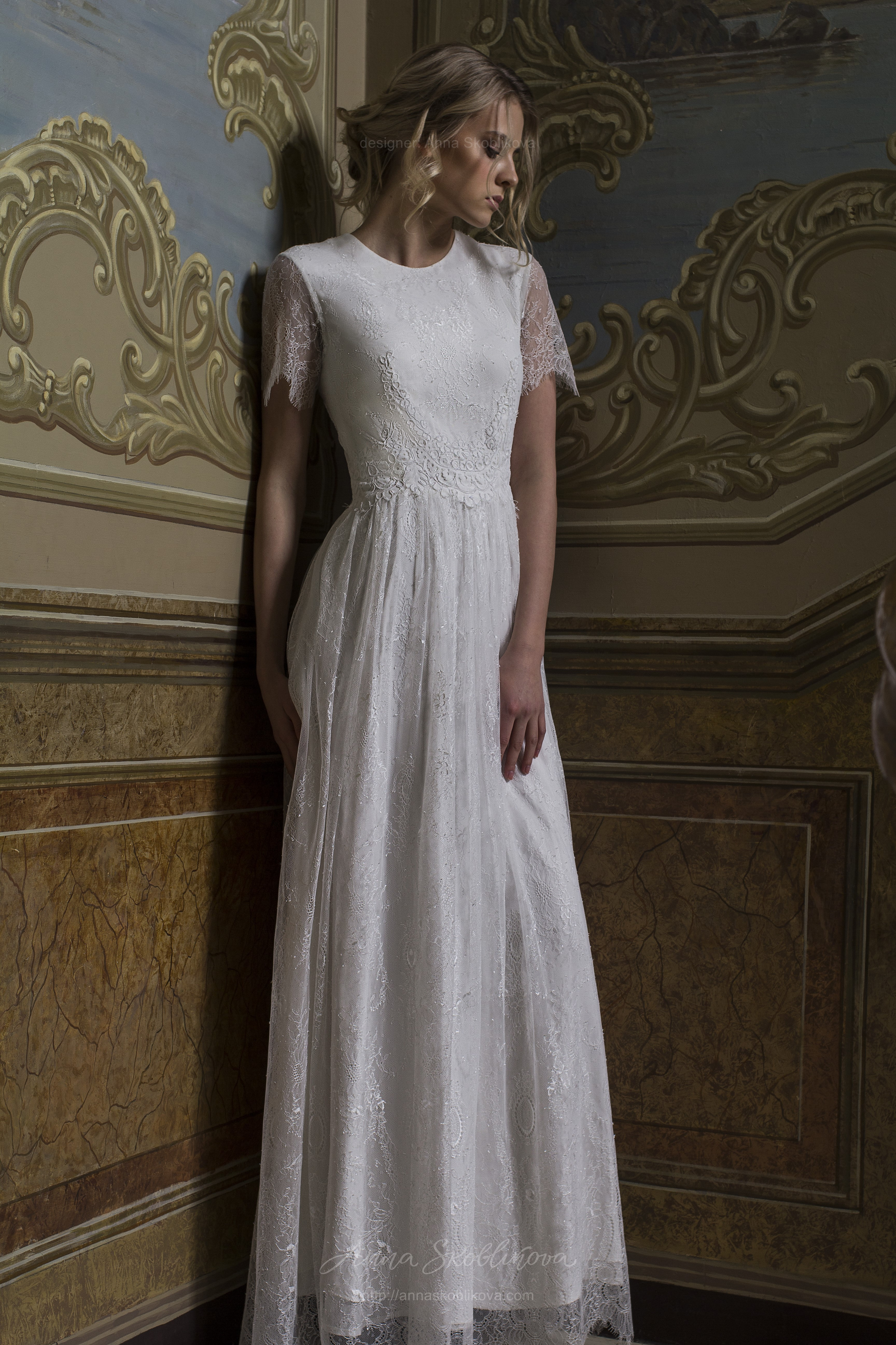 Bella - Wedding dress made from two lace types stands out for its ...