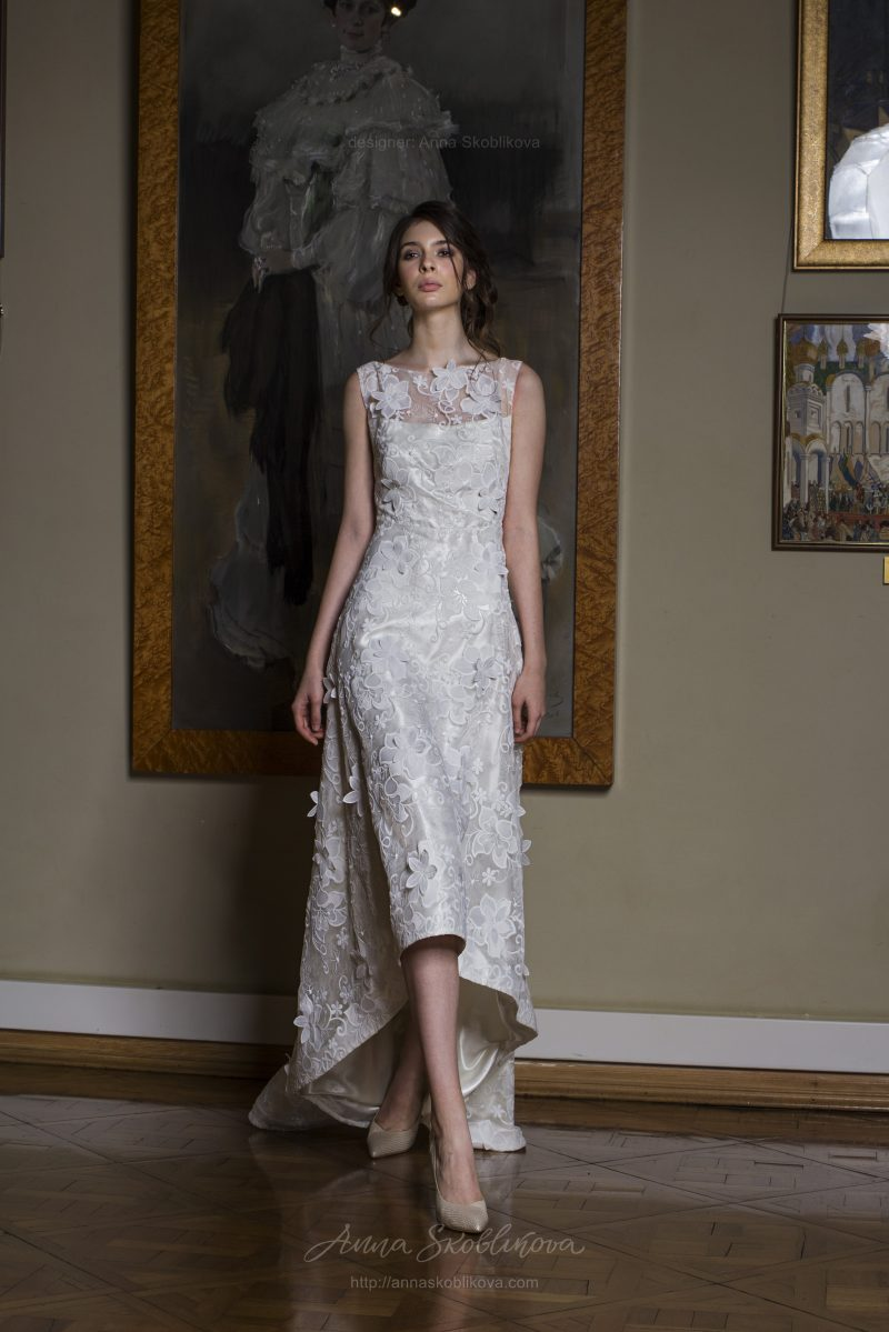 Kamilla - Limited edition textured lace wedding dress - Anna Skoblikova