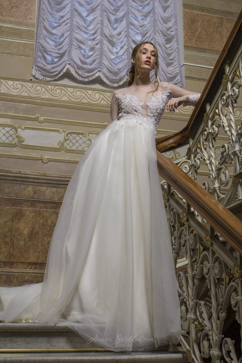 Angelina - This stunning wedding dress features the unique Haute Couture hand embroidery - Anna Skoblikova