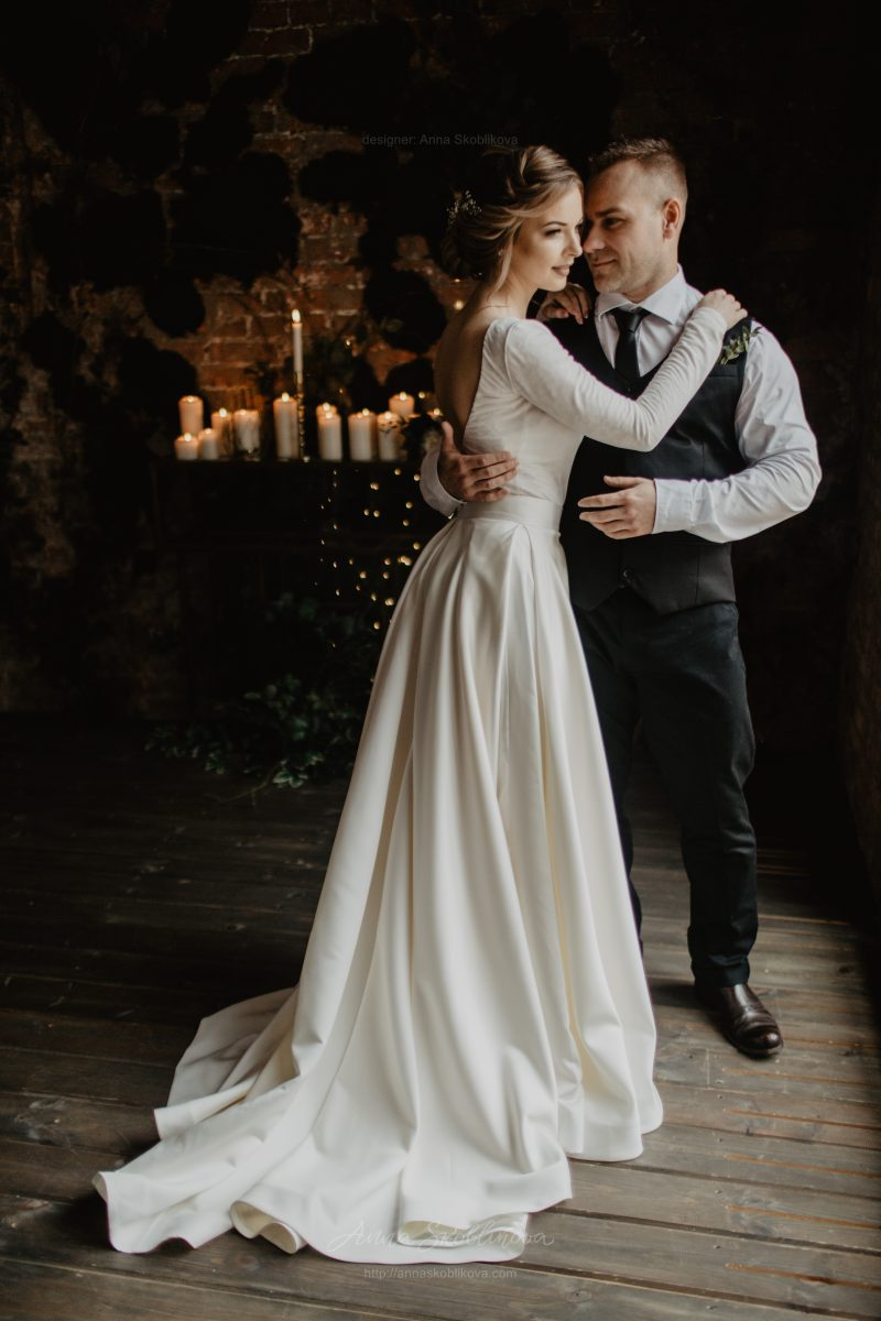 Pearl - Stunning author`s texture wedding dress \\ Anna Skoblikova