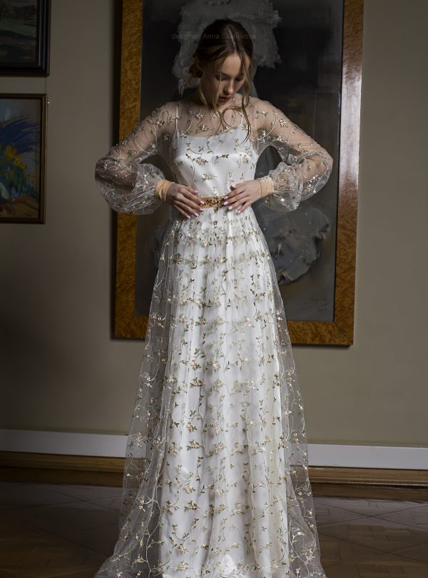 Camellia – elegant two layered wedding dress features hand floral embroidered detailing