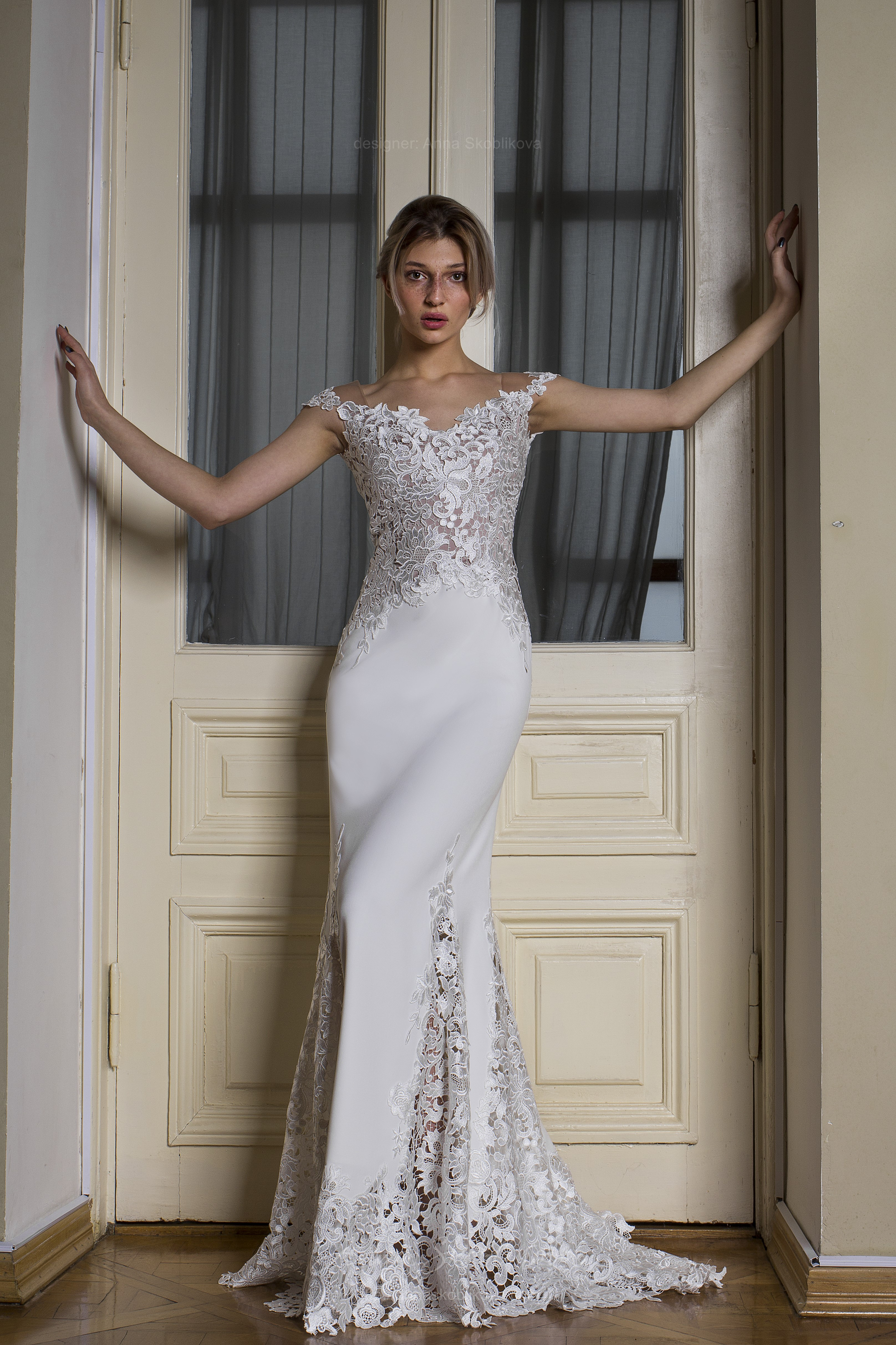 Boho wedding dress Alexandra - features the delicate tracery macramé ...