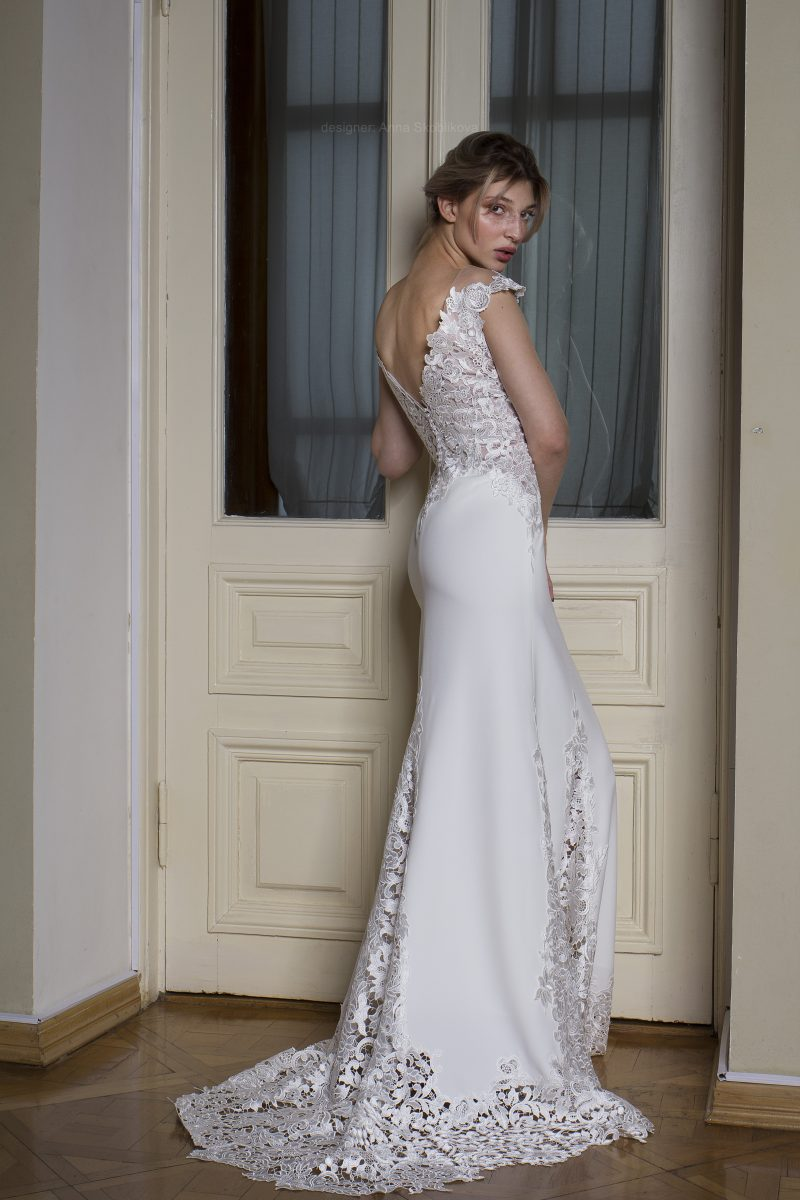 Photo 4: Wedding dress from Italian dense crepe \\ Anna Skoblikova \\ Anna Skoblikova