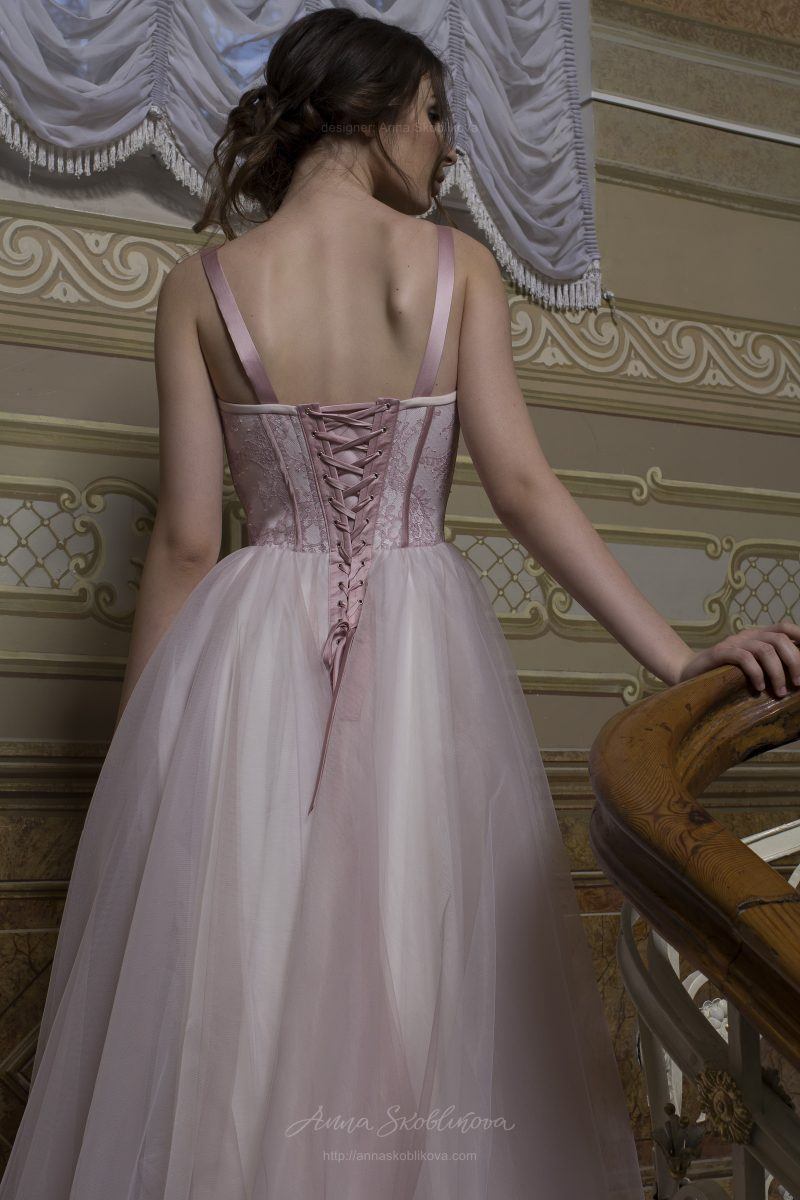 Pic 3: Wedding dress with designer Solstiss lace corset