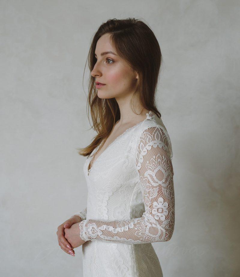 Hippie Wedding Dress in Boho Style - Leoni by Anna Skoblikova