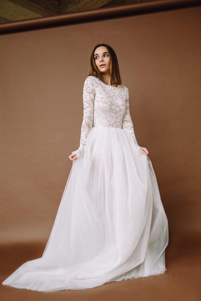 Long sleeve lace bodysuit \ Anna Skoblikova \ Wedding Dress