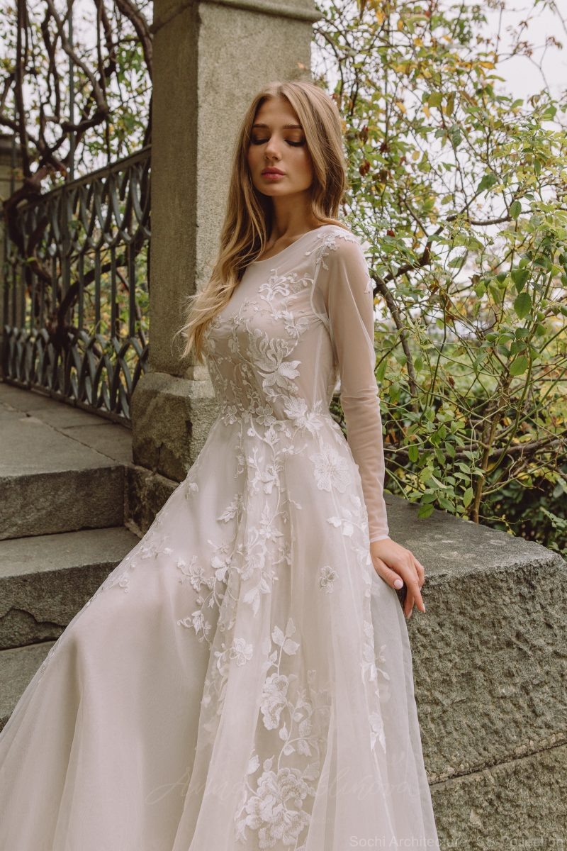 Royal wedding dress - Chloris by Anna Skoblikova