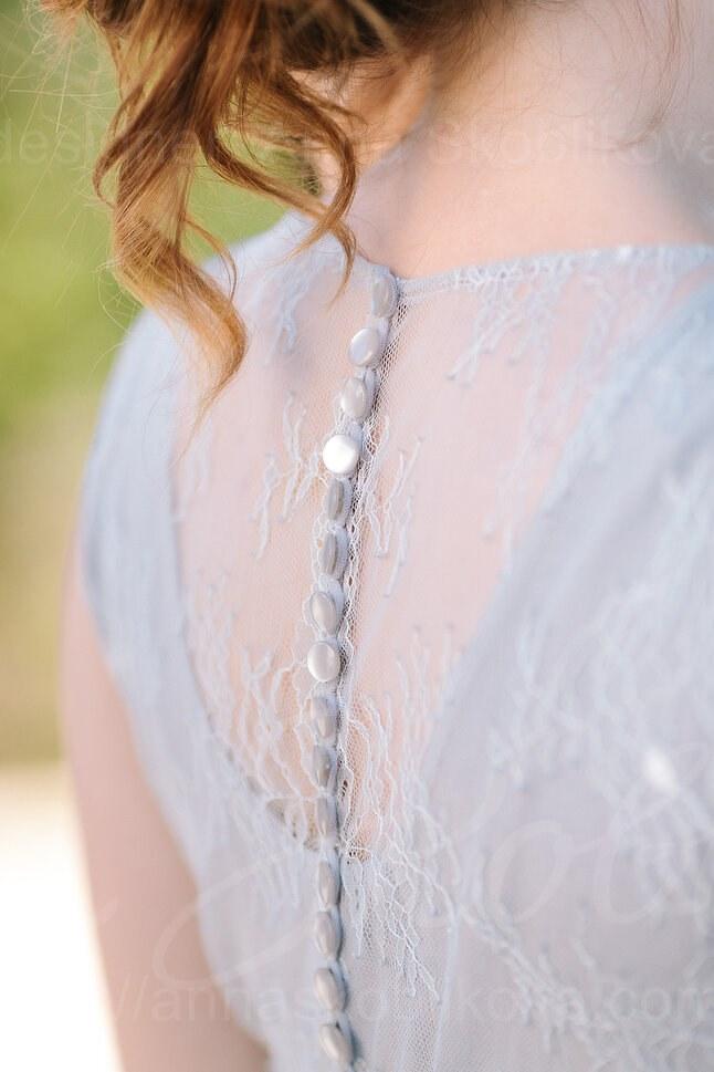 Practical wedding dress in smoky gray color/ Anna Skoblikova/ Photo 3
