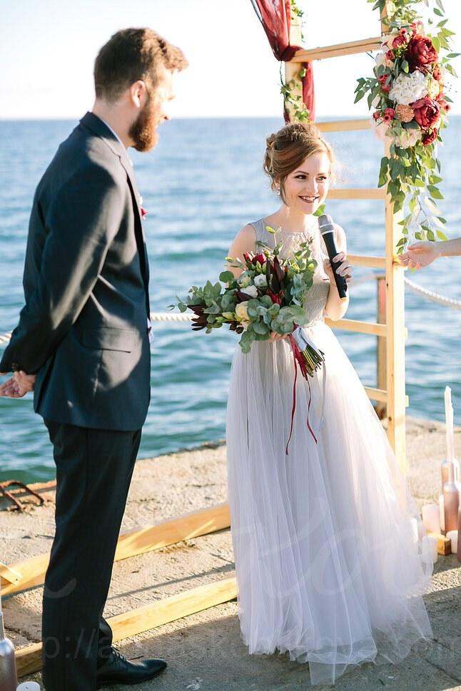 Practical wedding dress in smoky gray color/ Anna Skoblikova/ Photo 2